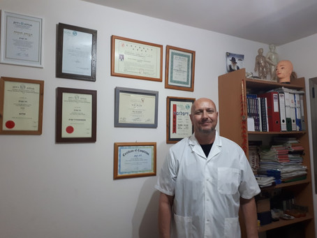 David Kunik: Where to Get A Chinese Facial Massage Near Tel-Aviv or Learn How to Give One