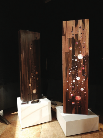 박성기, 별 헤는 밤, 11x30x110cm, 11x26x95cm, 장미목집성목, 한지(염색), 아크릴판, 2019
