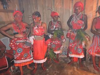 Bwiti Maboundi Women | Ibogawaken
