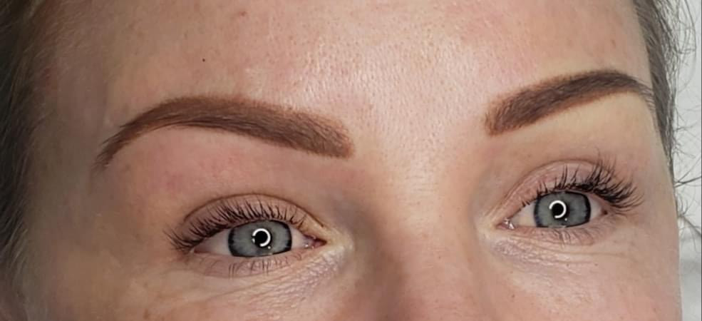 Cosmetic tattoo eyebrows.JPG