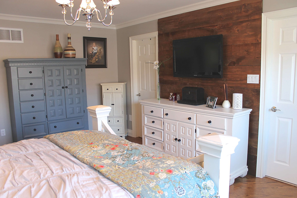 Barnboard feature wall by Georgia's Design