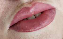 Semi permanent lip blush treatment.JPG