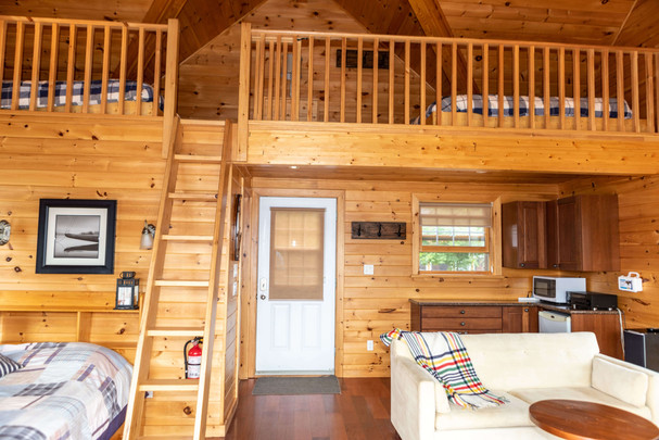 Boathouse rental with waterfront view