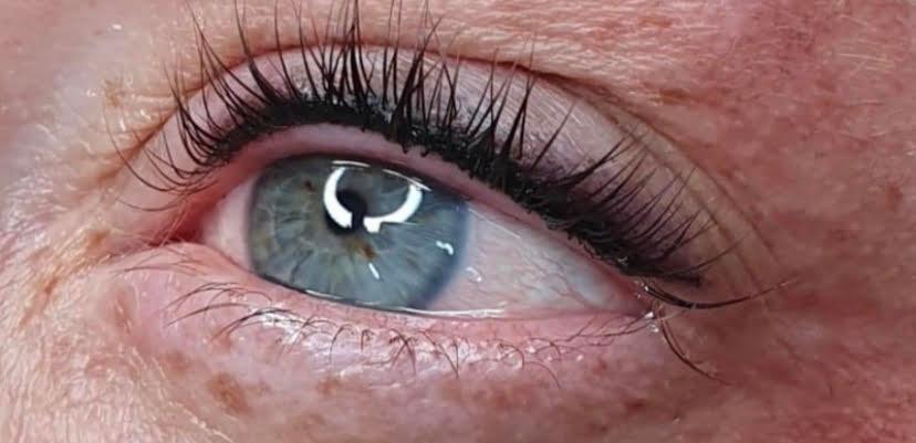 Smudge-proof eyeliner.jpg
