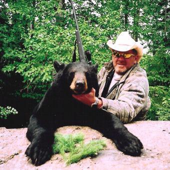 Bear Hunting at Horseshoe Island Camp