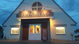 facade familia.jpg