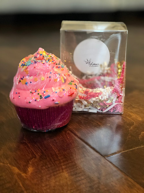 Cotton Candy Bath Bomb Cupcake