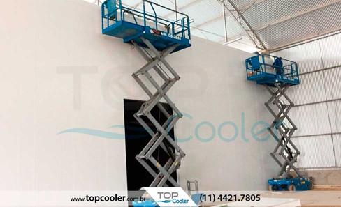 Montagem-de-Câmaras-Frigoríficas-TOP-COOLER---Montagem_camara_fria-montagem_camara_modular.jpg