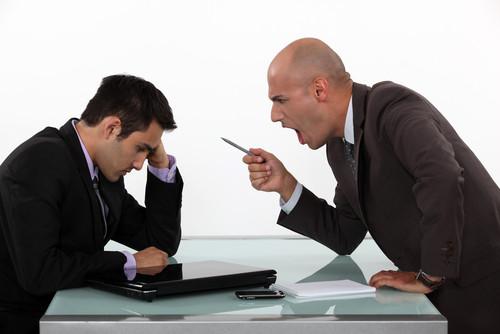 溝通首要不是傾聽,而是「冷靜」