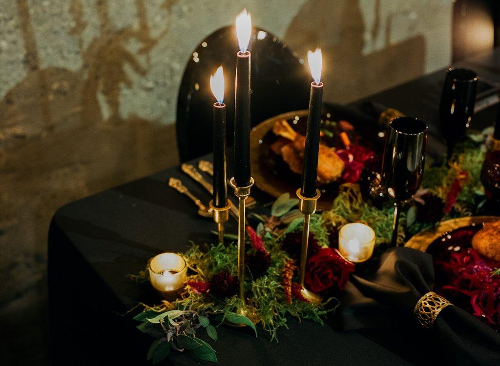 Romantic-Halloween-Wedding (21)