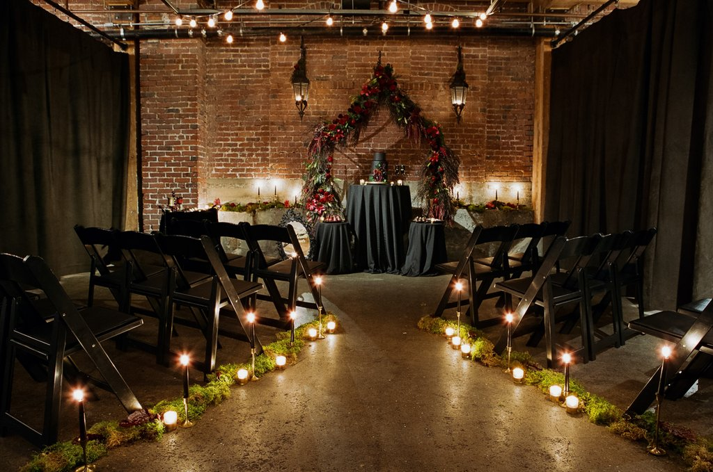 Romantic-Halloween-Wedding (16)