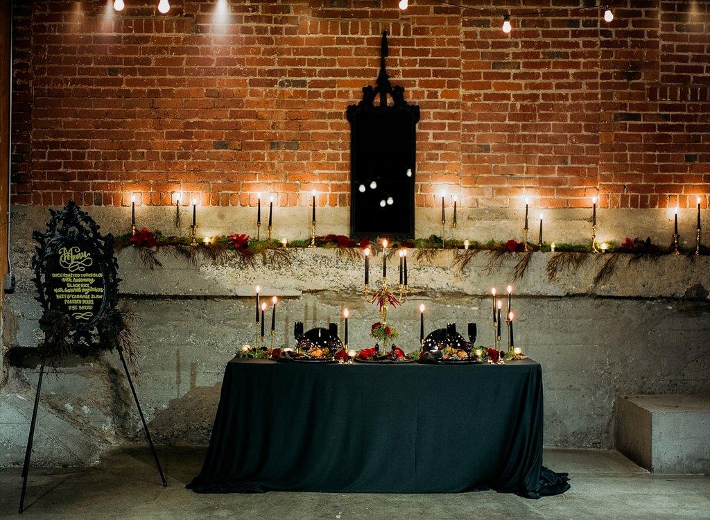Romantic-Halloween-Wedding (18)