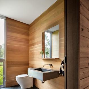 Shelter Island Home - bathroom
