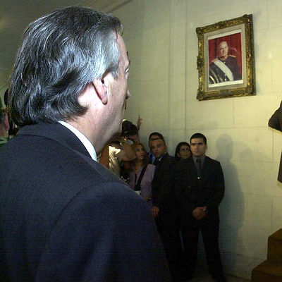 Néstor_Kirchner-Retiro_Retrato_Bignone-B