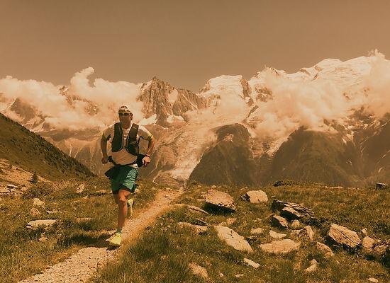 A runner runs on a high-altitude route in Chamonix, France._edited.jpg