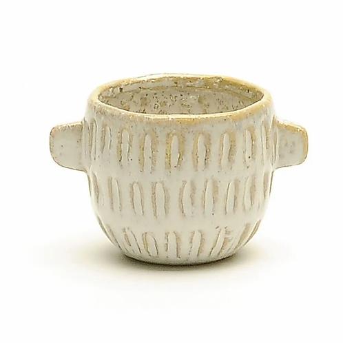 Ceramic pot with handles