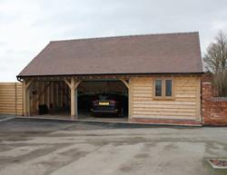 Three_Bay_Oak_Frame_Garage_and-Workshop_Cheshire