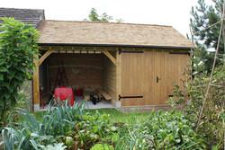 Two_bay_garage_doubledoors_Cheshire