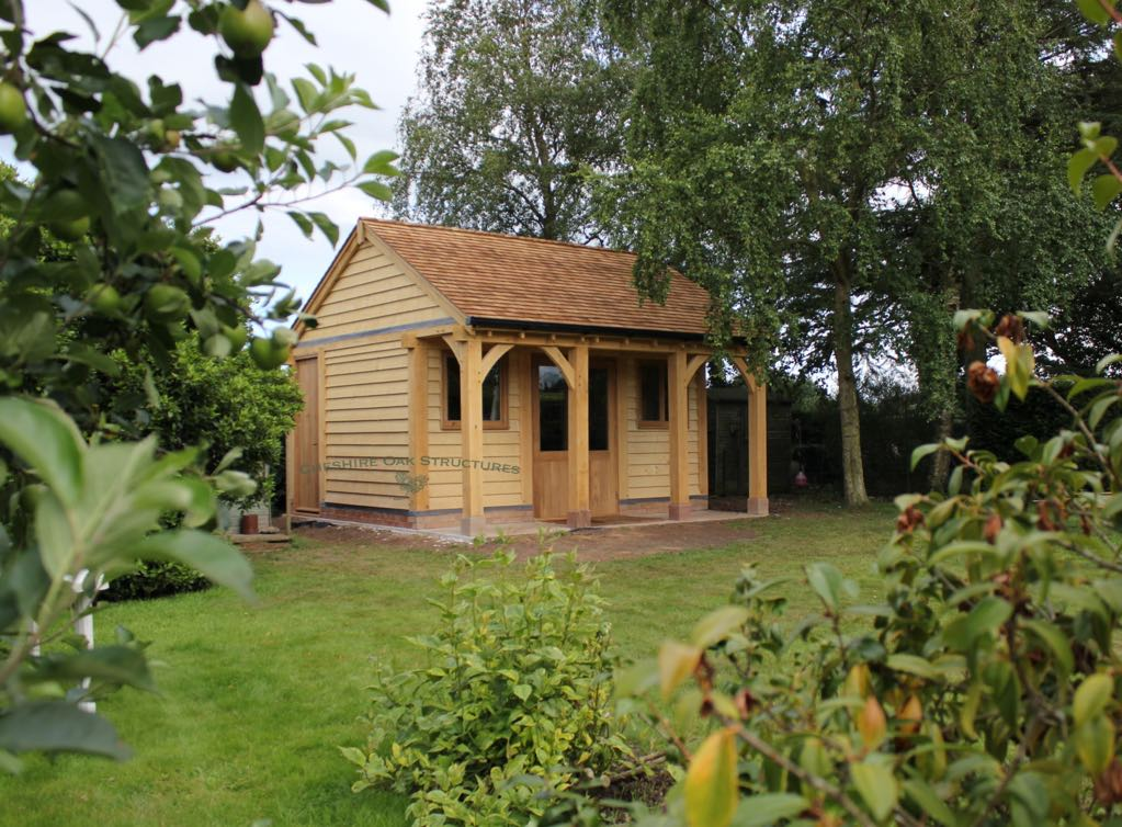Oak_Summerhouse_Office_Chester