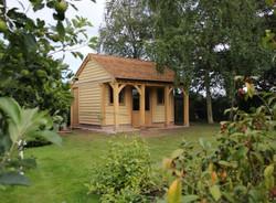 Oak_Summerhouse_Office_Chester