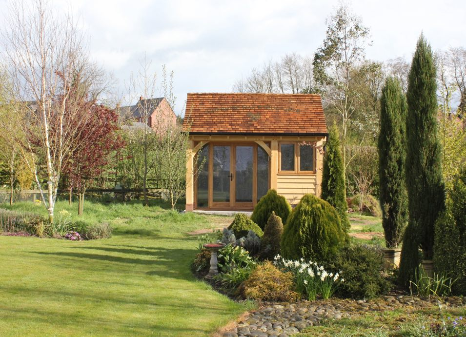 Oak-Frame-Summerhouse_Staffordshire