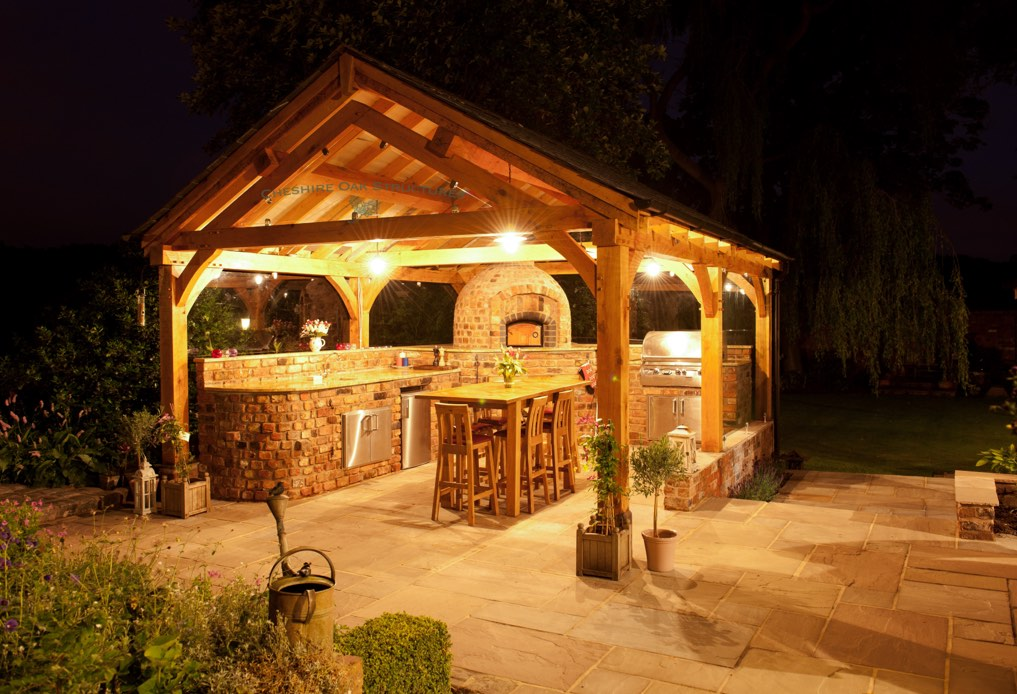 OakFrame_BBQ_Cookhouse_Knutsford