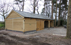 Oak_Four_Bay_Garage_and_Workshop_Cheshire
