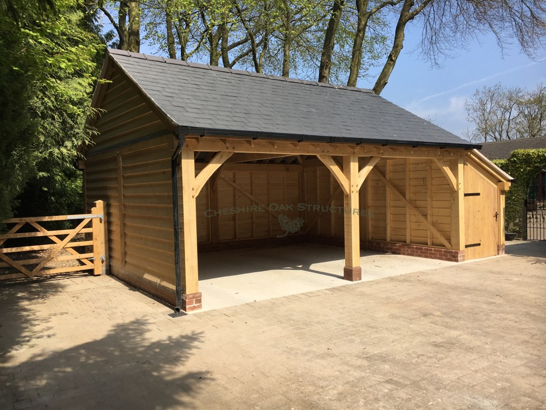 Two_Bay_Oak_frame_garage_and_store_lancashire