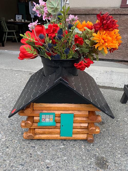Log House Planter
