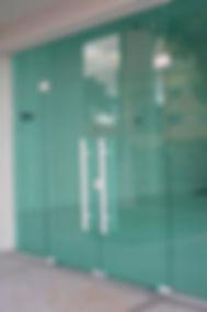 porta-pivotante-vidro-temperado-03.jpg