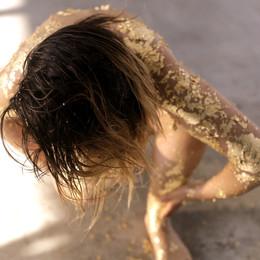 GOLDEN CRANE-WOMAN 0X.jpg
