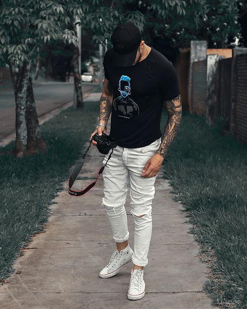 lonniedraws-cristobal-shirt-4x5.jpg