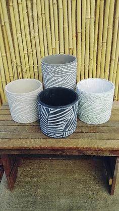 "Clay Pot Leaf Design 5""  (Select Colours)"