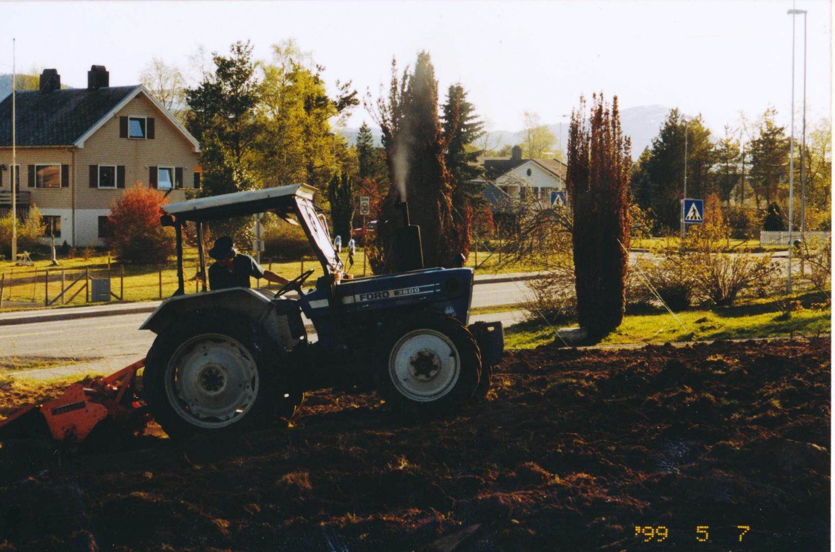 Dugnad027
