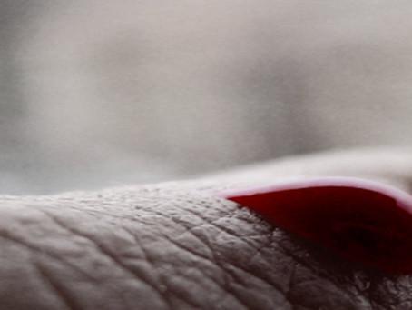 Cómo realizar amarres de amor con menstruación