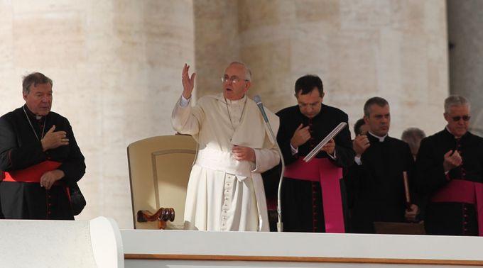 FranciscoAudienciaGeneral_ACIPrensa_150415_2.jpg