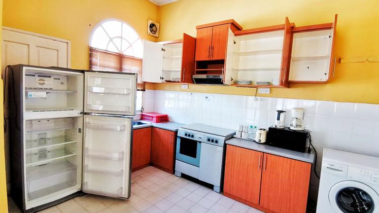banglo_kitchen (3).JPG