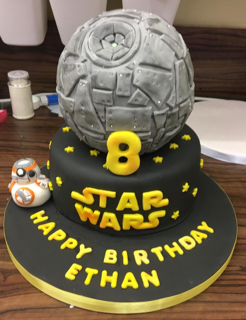 Star Wars themed birthday cake.jpg