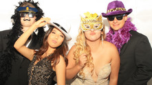 5 Great Reasons to Hire a Photo Booth for Your Graduation!
