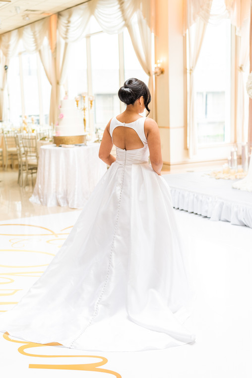 Beautiful wedding gown at the Greentree Country club in New Rochelle