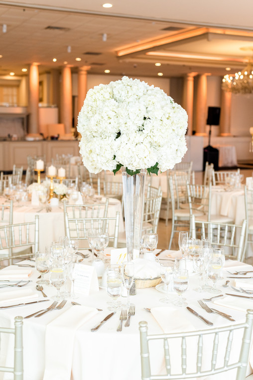 Mayuri's Floral Design White Floral Centerpiece