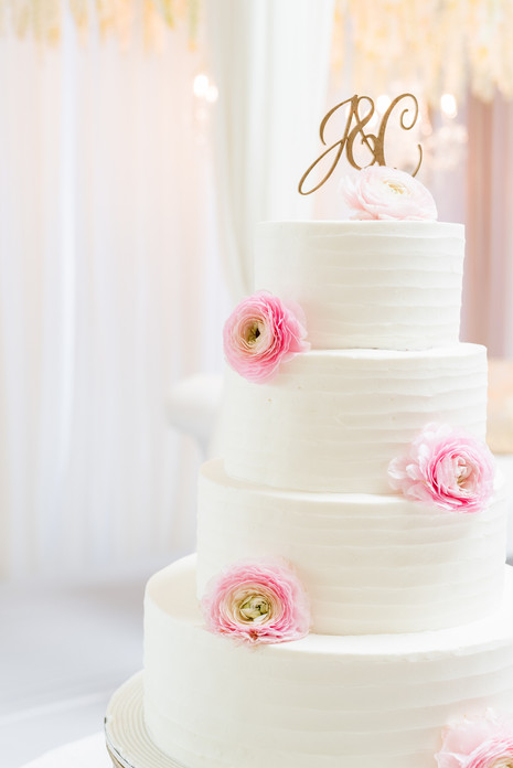Wedding cake at the Greentree Country Club in New Rochelle, New York