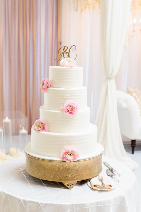 Wedding cake at the Greentree Country Club