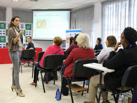 DIRETORES DE ESCOLAS MUNICIPAIS PARTICIPAM DE PALESTRA SOBRE EDUCAÇÃO ALIMENTAR