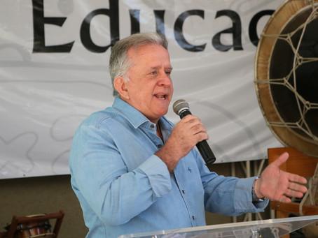 PREFEITO JORGE COSTA REALIZA ABERTURA OFICIAL DO I SEMINÁRIO DE EDUCAÇÃO DE ITAPECERICA
