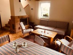 Malá chalupa - obývací pokoj