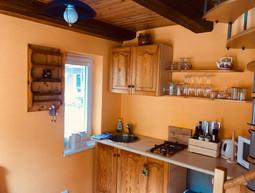Apartmán - kuchyň.jpg