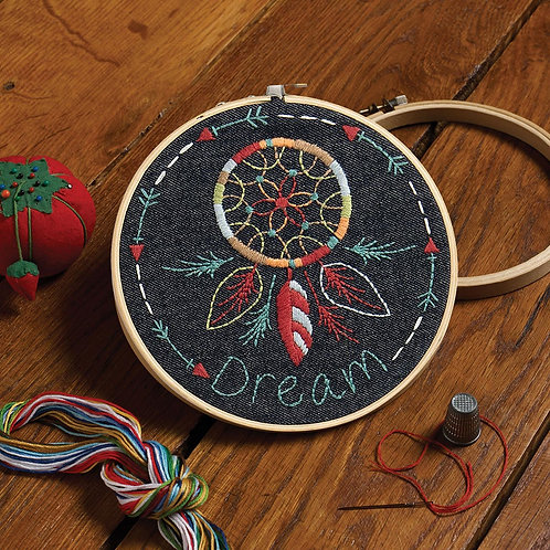 Stamped Embroidery Handmade Charlotte™ Kit - Denim Dream Catcher