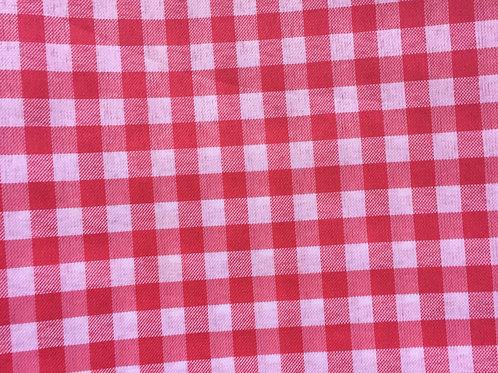 Toalha xadrez vermelho e branco