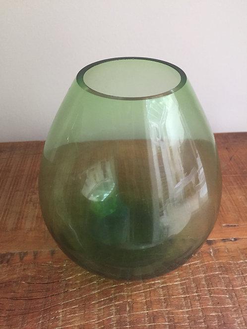 vaso verde medio 19 Alt x 6 Larg boca